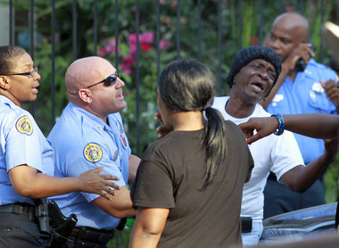 A 5 Year Old Girl And 33 Woman Were Both Killed At Birthday Party This Week In New Orleans 10 Boy Was Also Grazed His Face