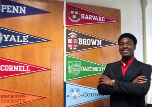 Reddit Users Are P¡ssed at Black Teen Who Got Accepted Into