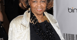 Cissy-Tyson-pens-an-open-letter-to-Bobbi-Kristina-encouraging-her-to-stay-single.